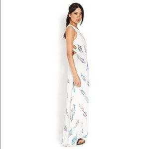Forever 21 Feather Print Maxi Dress